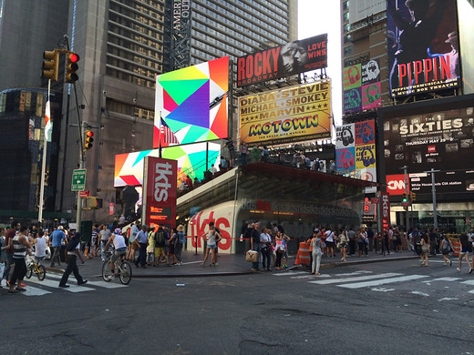 美国的城市——动如脱兔,静如处子-白宫,联合国大厦,时代广场,自由女神像-纽约,好莱坞星光大道