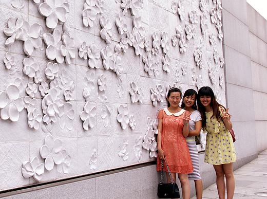 三姐妹暴走首尔1-特丽爱3D美术馆-首尔,梨花女子大学,弘益大学,仁川,正东津