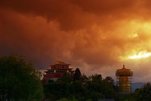 彩云之南~触摸香格里拉-独克宗古城,纳帕海,黑龙潭,玉龙雪山,虎跳峡