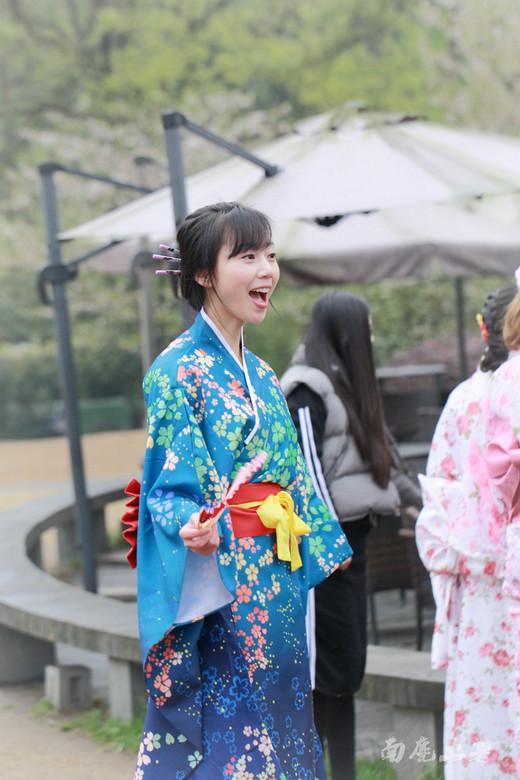 樱花季,国内妹子该不该穿和服