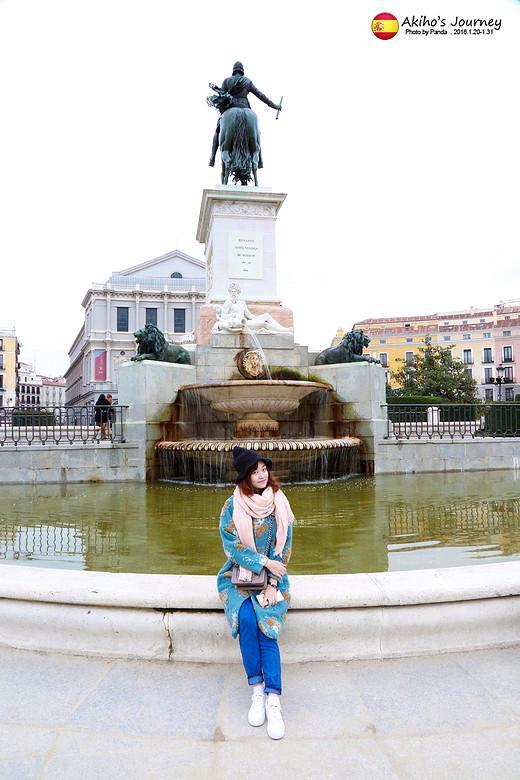 美梦成真!萌小步和胖儿的冬日欧洲游 (一)-纳沃纳广场,威尼斯广场,君士坦丁凯旋门,罗马斗兽场,万神殿