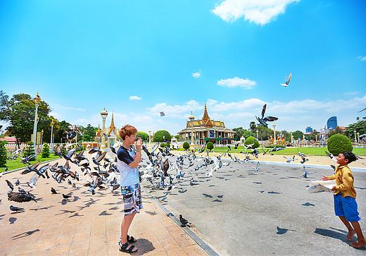 21天,旅行的随机打开方式:越南越嗨森——遇见越南、柬埔寨、吉隆坡(一)-暹粒,红沙丘,大叻天主教堂,大叻旧火车站,胡志明纪念堂