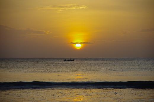 斯里兰卡自由行|| 在亭可马里享受慵懒时光-鸽子岛,尼甘布