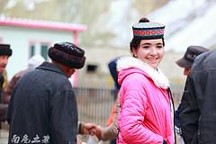 中国唯一的白种人民族,美女扎堆