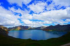 跋涉千里登顶长白山就为了看这一湖水,值吗?