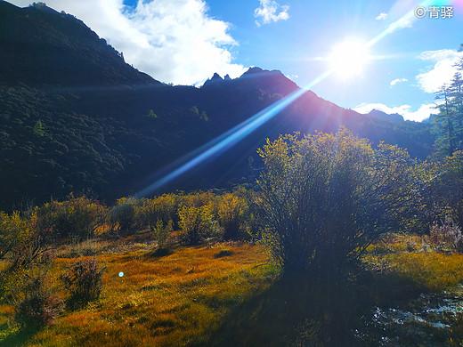 去看一场秋天的童话——自驾28天侣行记 川西风光篇之稻城亚丁(西行完结)-牛奶海