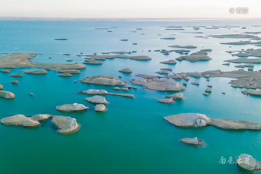 川西318、独库217,我国又加入一条最美的景观大道彩色315-察尔汗盐湖,青海,新疆