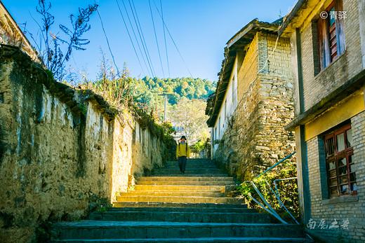 全国降级最大的城市,从地级市降到村,现在却成网红旅游地-三江,丽江,丙中洛,法国,西藏