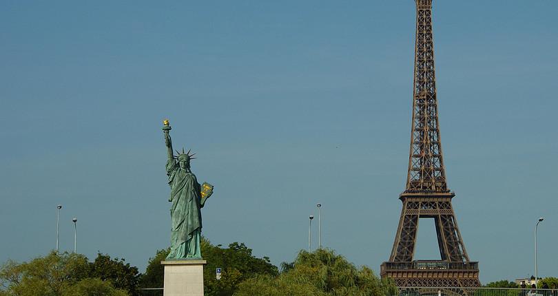 自由女神像-巴黎