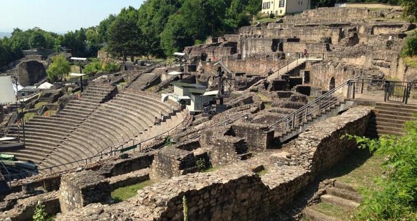 里昂古罗马剧场