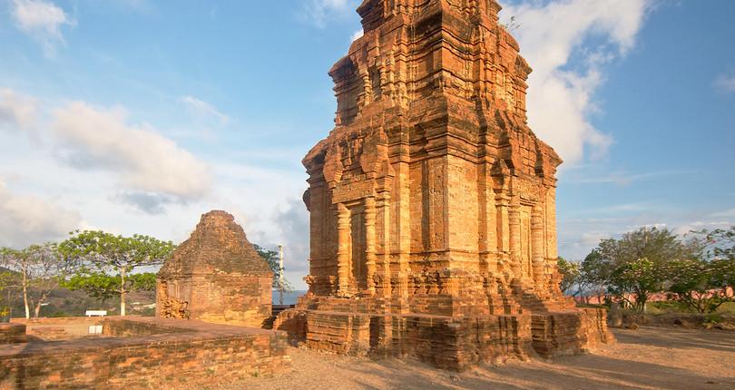 婆萨努占婆塔