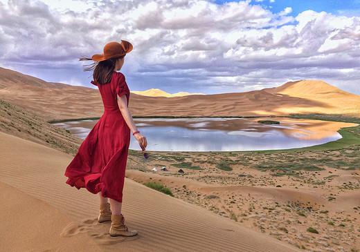 盛夏的西北,色彩的巡礼(1)-巴丹吉林沙漠,祁连县,茶卡盐湖,张掖丹霞地貌,门源