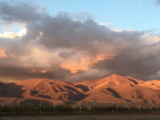 你是六月天里最美的景-月牙泉,祁连山草原,莫高窟,敦煌,德令哈