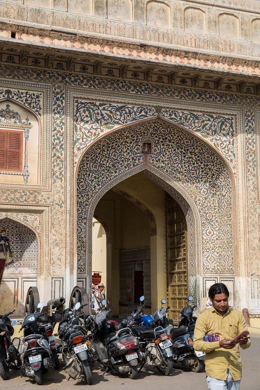 印度,是衣衫褴褛的醉汉,也是精致梳妆的少女(1)-斋普尔城市宫殿,斋普尔,琥珀堡,风宫,新德里