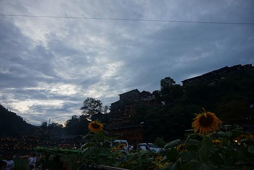 忙里偷闲~~黔东南-花溪公园,贵阳,镇远,凤凰,西江千户苗寨