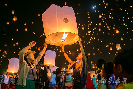 如果你想见到清迈最美的样子,那就在天灯节时候来-泰国